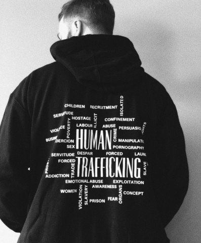 man in black and white pullover hoodie